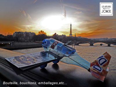 Avion en récup' à Paris