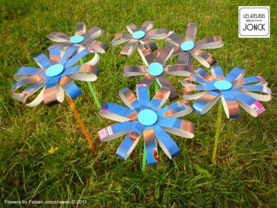 Fleurs en papier carton
